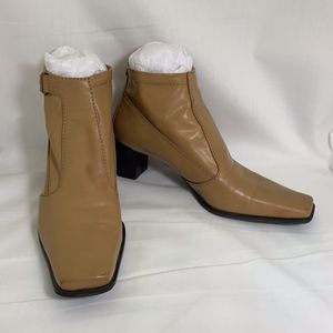Franco Sarto Tan Ankle Boots Made in Brazil Sz 7